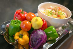 Buntes Gemüse und Früchte Stockfotografie
