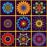 Buntes geometrisches Muster des Hintergrundes von Blumen Helle orientalische Farben Stockbilder