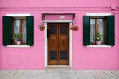 Buntes Haus in der Burano Insel, Venedig, Italien lizenzfreie stockbilder