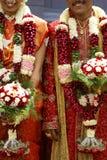 Buntes indisches Hochzeitsduo Stockfoto