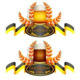 Buntes Logo für Postkarten und Grüße mit Oktoberfest Stockbild