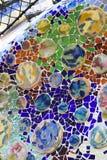 Buntes Mosaik in der Casa Batllo, durch Antoni Gaudi Lizenzfreie Stockfotos