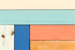 Buntes Muster von befleckten hölzernen Planken Stockfotos