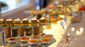 Buntes Nachtischbuffet Lizenzfreies Stockfoto
