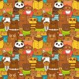 Buntes nahtloses Muster mit lustigen Braunbären Lizenzfreies Stockfoto
