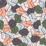 Buntes nahtloses Muster von gemalten Federn Lizenzfreie Stockbilder