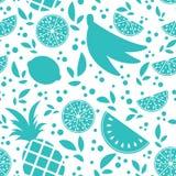 Buntes nahtloses Muster von Schattenbildern von tropischen Früchten auf einem weißen Hintergrund Einfache flache Vektorillustrati Stock Abbildung