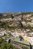 Buntes Positano, das Juwel der Amalfi-Küste, stockfoto