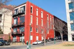 Buntes Retro- im Stadtzentrum gelegenes lebendes Memphis lizenzfreies stockbild