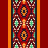Buntes rotes gelbes Blaues und und schwarze aztekische Verzierungen geometrische ethnische nahtlose Grenze, Vektor Lizenzfreie Stockfotos