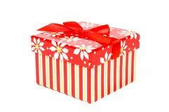 Buntes rotes Weihnachten verzierte Geschenk stockfotografie