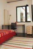 Buntes Schlafzimmer Stockbilder