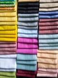 Buntes Taschentuch in der Linie Stockfoto