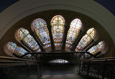 Buntglas in der Königin Victoria Building Stockfotografie