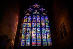 Buntglasfenster in St. Vitus lizenzfreie stockbilder