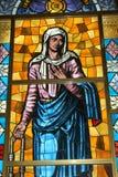 Buntglasgestaltungsarbeit in der Pilgerfahrt Tindari Sizilien Stockbilder