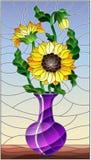 Buntglasillustration mit Blumenstillleben, ein Blumenstrauß von Sonnenblumen in einem purpurroten Vase auf einem blauen Hintergru stock abbildung