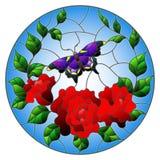 Buntglasillustration mit roten Blumen und Blättern der Rose und rundes Bild des purpurroten Schmetterlinges Stockfotos