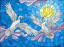 Buntglasillustration mit zwei Schwänen auf dem Hintergrund des Himmels, der Sonne und der Wolken Lizenzfreies Stockbild