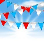 Bunting flaggor för amerikanska ferier, patriotiska färger av USA Arkivbild
