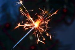 Buon anno e luce di Bengala in lavorazione Immagine Stock