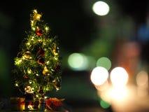 Buon anno e Natale concetto, buon anno e Buon Natale con il fondo di Bokeh ed il fondo vago, Santa Claus fotografia stock