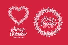 Buon Natale e buon anno dell'iscrizione dell'iscrizione Struttura di inverno e cuore rotondi dei fiocchi di neve bianchi Vettore fotografia stock