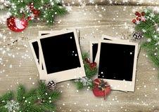 Buon Natale e buon anno della cartolina d'auguri con la decorazione fotografie stock