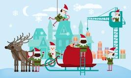 Buon Natale e buon anno Gli assistenti degli elfi raccolgono i regali nella borsa di Santa Claus, slitta con i cervi favolosi illustrazione di stock
