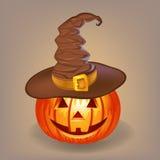 Buona zucca in un cappello della strega per Halloween Fotografia Stock