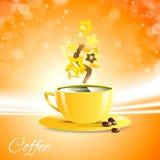 Buongiorno del caffè con la tazza gialla Fotografie Stock Libere da Diritti