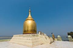 Bupaya pagodtempel i Bagan, Myanmar royaltyfria bilder