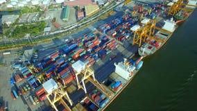 Buque de carga del envase, importaciones/exportaciones, concepto logístico del transporte de la cadena de suministro del negocio almacen de metraje de vídeo