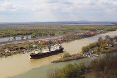 Buque de carga en el Danubio Imagen de archivo libre de regalías