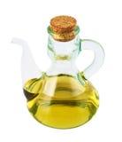 Buque de cristal del aceite de oliva aislado fotografía de archivo