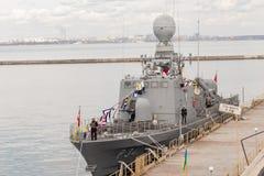 Buque de guerra turco en el puerto de Odessa Fuerzas militares de la OTAN en Ucrania odessa ucrania 2019 03 06 imagenes de archivo