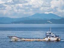 Buque del portador de los pescados en las Filipinas Imagen de archivo libre de regalías