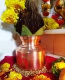 Buque sagrado del festival piadoso indio fotografía de archivo libre de regalías