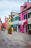 burano五颜六色的房子 库存照片