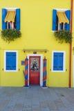 Burano威尼斯五颜六色的房子  免版税库存图片