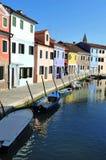 Burano海岛在威尼斯式盐水湖,意大利 图库摄影