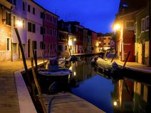 Burano海岛安静的晚上都市风景  库存图片