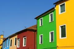 Burano海岛的,威尼斯五颜六色的房子 免版税库存照片