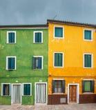Burano,威尼斯,意大利五颜六色的房子  免版税图库摄影