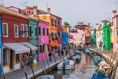burano ζωηρόχρωμη Ιταλία Στοκ φωτογραφία με δικαίωμα ελεύθερης χρήσης