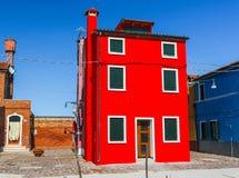 Burano, νησί της Βενετίας, ζωηρόχρωμη πόλη στην Ιταλία Στοκ εικόνα με δικαίωμα ελεύθερης χρήσης