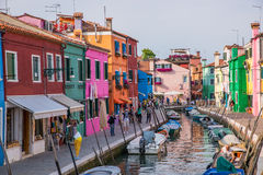 Burano coloré, Italie Photographie stock libre de droits