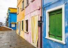 Burano dans la lagune vénitienne photos stock