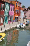 Burano, la ville de mille maisons colorées 5 images stock
