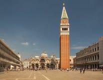 Burano, Venice, kolorowi domy, Italy, architektura, tenements, budynki, pocztówka Zdjęcie Royalty Free